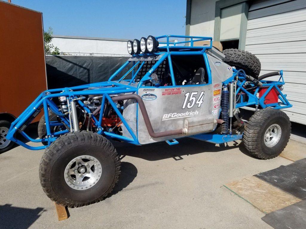 Custom pre Runner race truck
